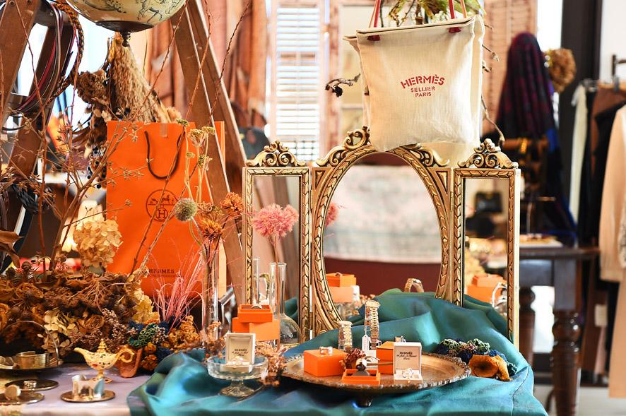 vintage&rental clothes CERVA