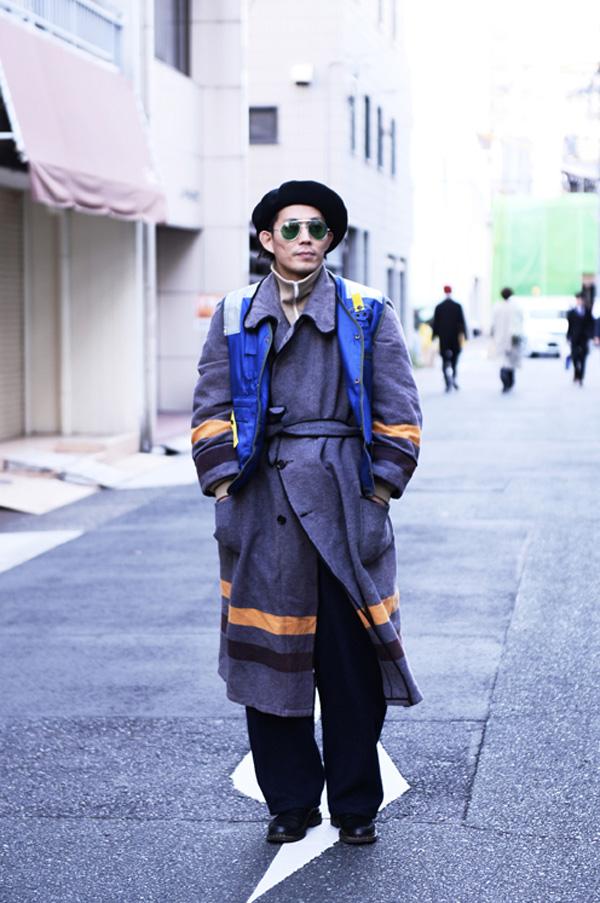 大須で撮影した村井信生さん