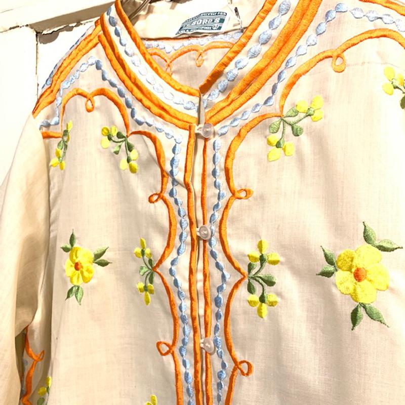 1970's vintageお花刺繍チャイナ風ジャケット