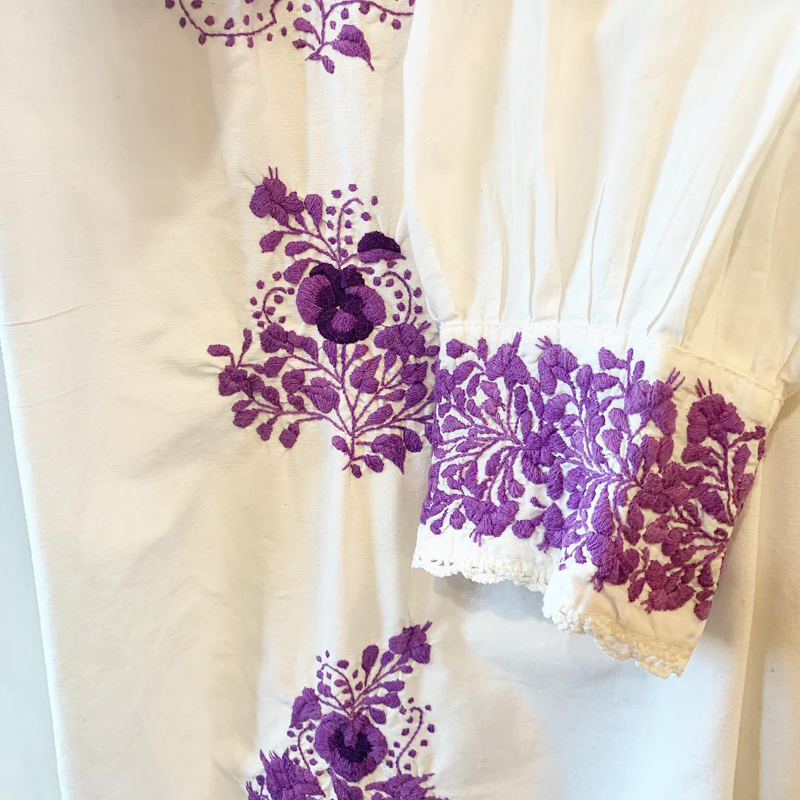 Mexican embroidery dress(USED)