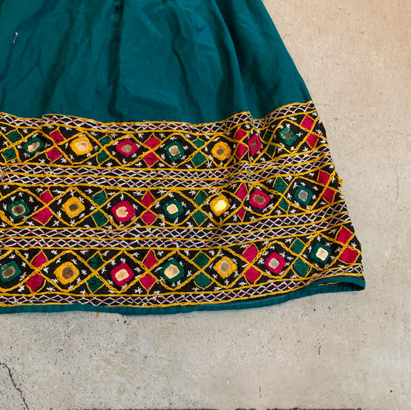 Mirrorwork embroidery india skirt(VINTAGE)