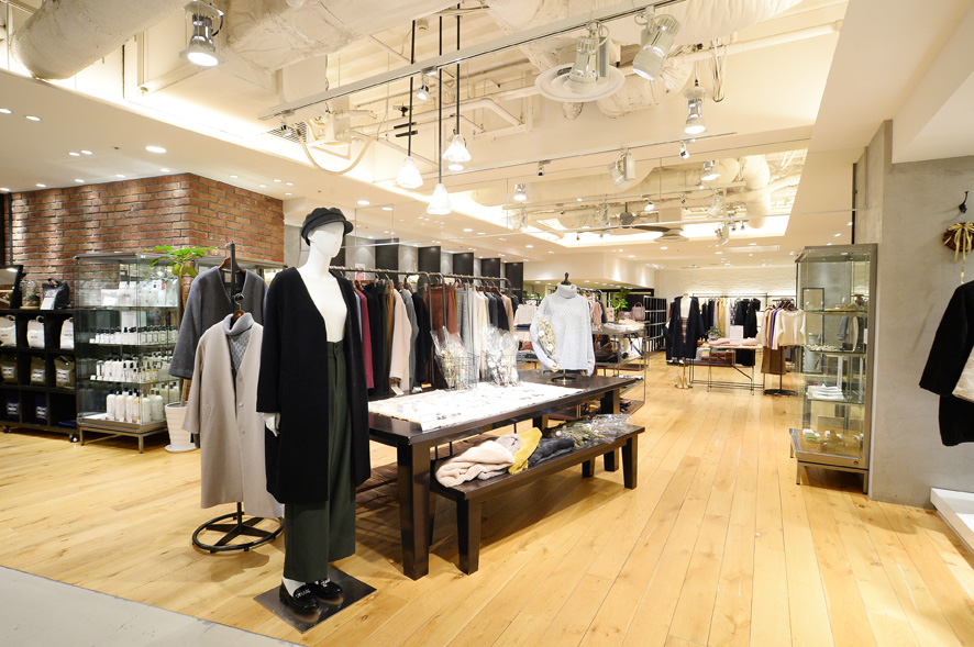 URBAN RESEARCH 名古屋パルコ店